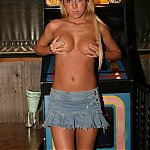 Nude Women Pictures