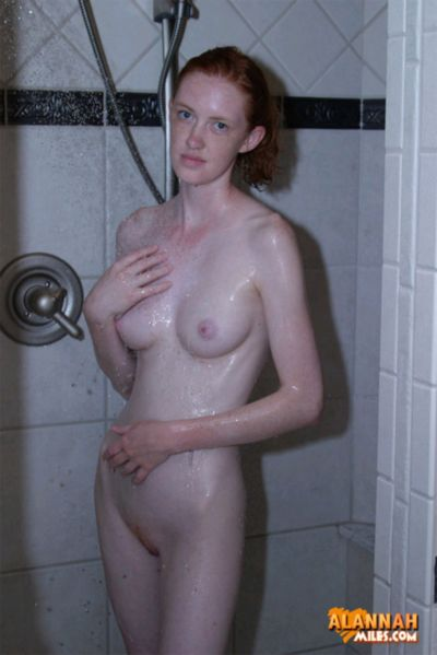 Free Hot Photo Galleries Of Alannah Miles