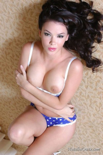 Free Hot Photo Galleries Of Natalia Cruz